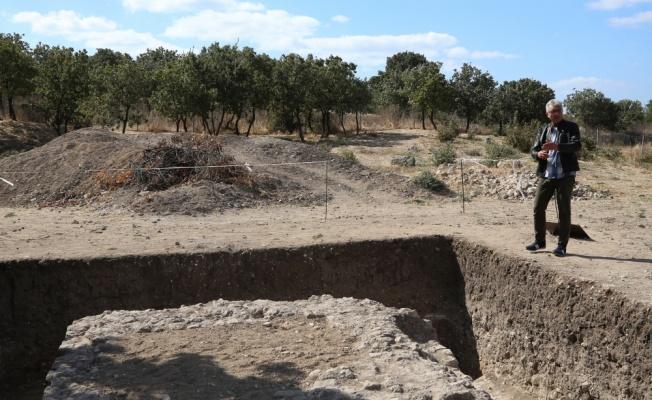 Alexandria Troas'da 2 bin yıllık altar bulundu