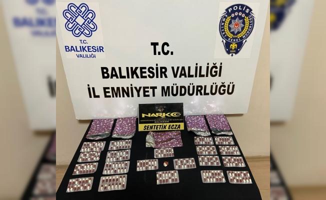 Balıkesir'de uyuşturucu operasyonunda 2 zanlı yakalandı