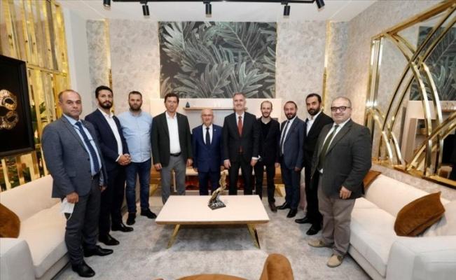 Bursa İnegöl Belediye Başkanı Taban, Modef Expo'yu ziyaret etti
