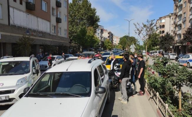 Bursa'da zincirleme kazada 3 kişi yaralandı