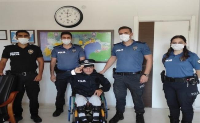 Didim'de Polis Olmak İsteyen Engelli Gencin Hayali Gerçek Oldu