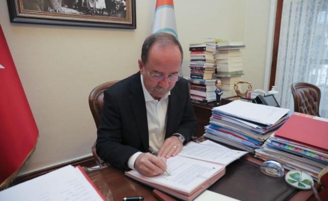 Edirne Belediye Başkanı Gürkan, sera gazı emisyonlarını azaltmayı taahhüt eden sözleşmeyi imzaladı