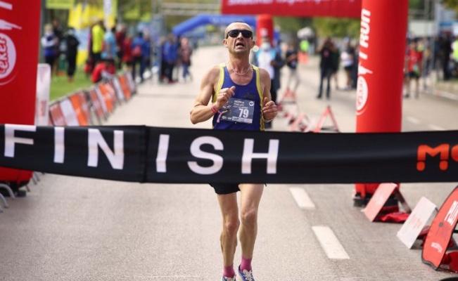 Eker I Runkoşucuları Bursa'da 'fark'a koştu
