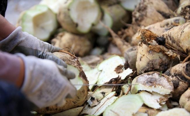 Kırklareli'nin şeker pancarı doğal pekmez olarak sofralarda yer alıyor