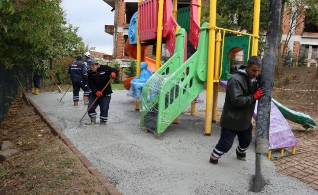 Kocaeli İzmit'te park çalışmaları devam ediyor