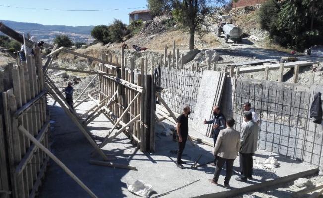 Manisa Selendi'de yol soruna menfezli çözüm