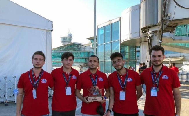 SUBÜ'lü öğrencilerin ürettiği uçan araç