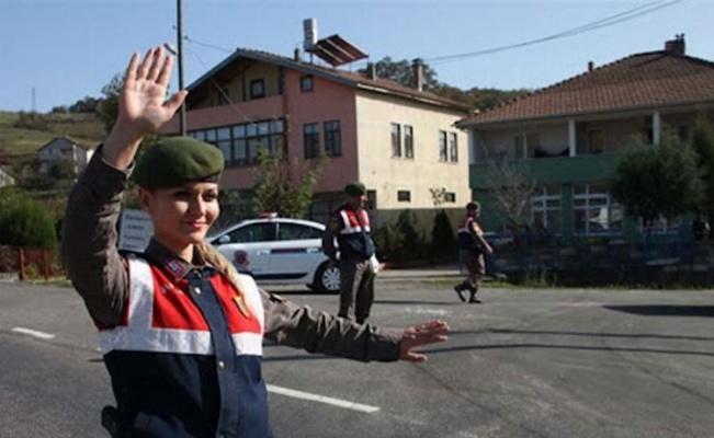 Vatandaş Polis ve Jandarma'dan memnun