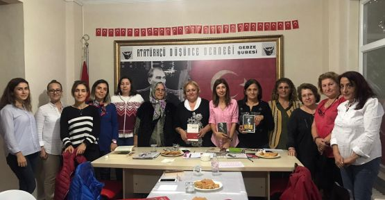 ADD Gebze'de bayanlar NUTUK okudu