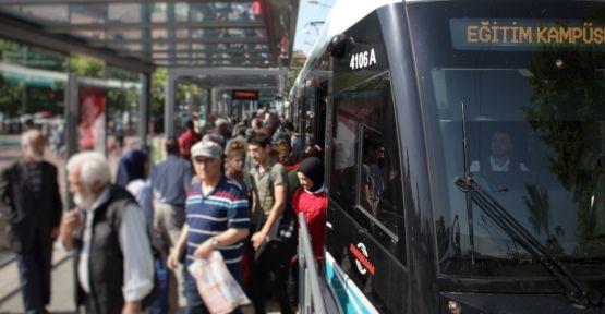 Akçaray 1 günde 50 bin 426 yolcu taşıdı