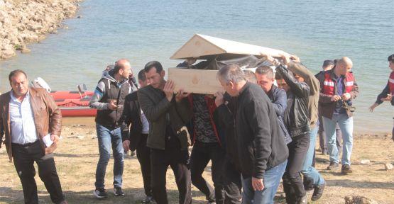 Balık tutarken gölete düşen öğretmenin cesedi bulundu