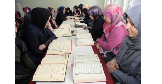 Barış Pınarı Harekatı için 15 bin Fetih Suresi okundu
