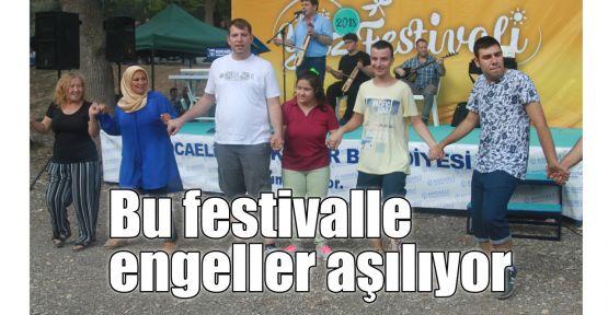 Bu festivalle engeller aşılıyor