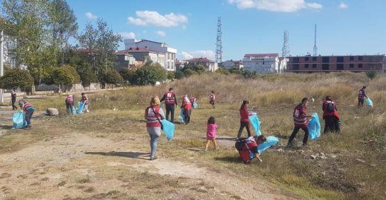 Darıca'da, Dünya Temizlik Günü'nde çöp topladılar