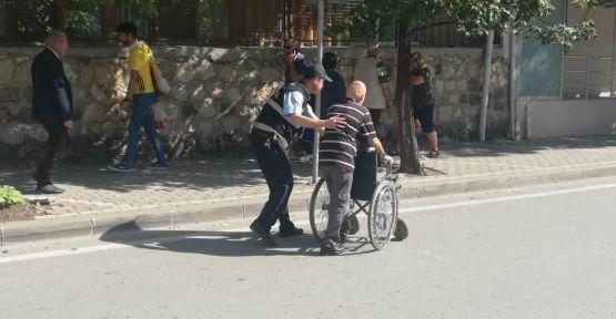Engelli vatandaşın imdadına zabıta yetişti