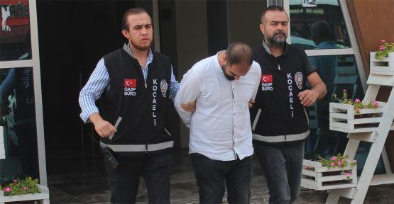Kendisini polis olarak tanıtan gasp şüphelisi tutuklandı