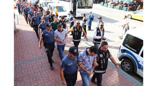Kocaeli'de FETÖ/PDY'den 12 kişi gözaltına alındı