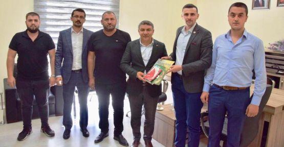 MHP ve Ülkü Ocakları'ndan Şayir'e ziyaret