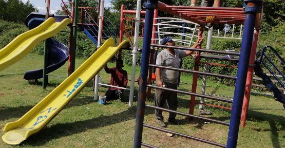 Parklarda bakım ve onarım çalışmaları sürüyor