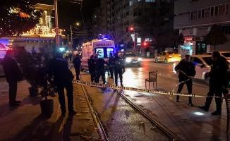 Bursa'da bir kişi amcasının oğlunu silahla yaraladı