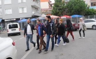 Kocaeli'de yabancı uyruklu kadınları fuhşa zorladığı öne sürülen 2 zanlı tutuklandı