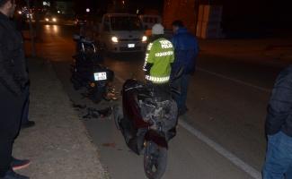 iki motosiklet çarpıştı: 2 yaralı