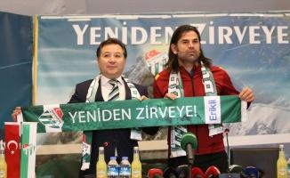 Bursaspor'da İbrahim Üzülmez dönemi başladı