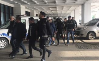 FETÖ şüphelilerinin Yunanistan'a kaçışını organize ettikleri iddiasıyla 4 zanlı tutuklandı