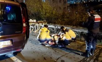 Gebze'de hafif ticari araçla otomobil çarpıştı: 4 yaralı