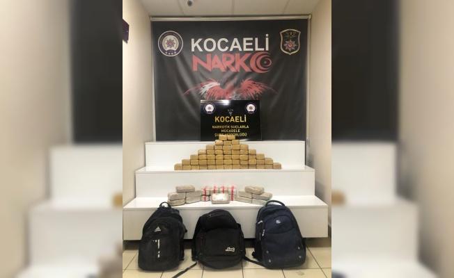 Kocaeli'de aracında 35 kilo 785 gram eroin ele geçirilen şüpheli tutuklandı