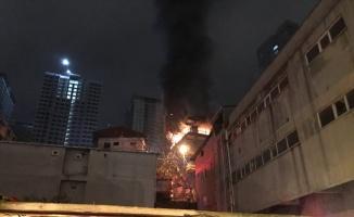 Kadıköy'de ikametgah yangını