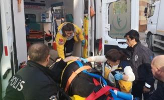 Keşan'da yaya geçidinde kamyonun çarptığı kadın yaralandı