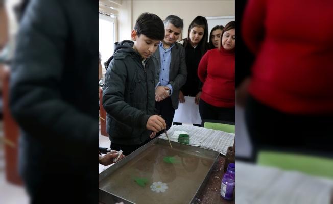 Kırklareli'de köyde yaşayan çocuklar ebru ve seramik sanatı ile tanıştı