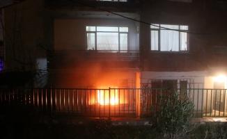 Kocaeli'de yangın çıkan apartmanda bir kişi dumandan etkilendi