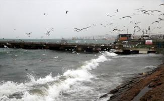Marmara'da lodos etkisini sürdürüyor