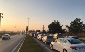 Sakarya'da sabah saatlerinde yoğun trafik oluştu