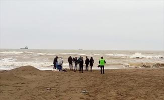 Sakarya'da sahilde erkek cesedi bulundu