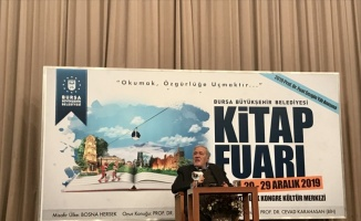 Tarihçi yazar İlber Ortaylı, Bursa'da konferans verdi