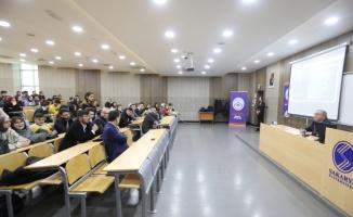 Vali Nayir, öğrencilere tecrübelerini paylaştı