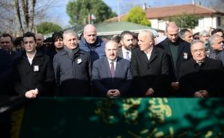 Bakan Varank, Sakarya'da cenaze törenine katıldı