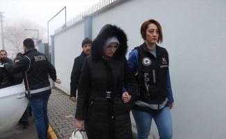 Balıkesir merkezli FETÖ operasyonunda yakalanan 6 şüpheli adliyeye sevk edildi