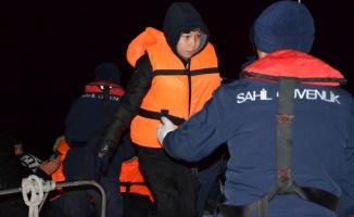 Balıkesir'de Afganistan uyruklu 41 düzensiz göçmen yakalandı