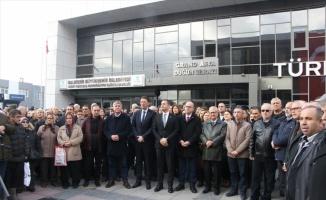 Bandırma Belediyesi filosuna kazandırılan 10 adet aracın tanıtımını gerçekleştirdi