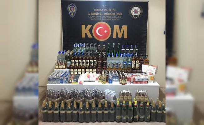 Bursa'da gümrük kaçağı içki ve sigara ele geçirildi