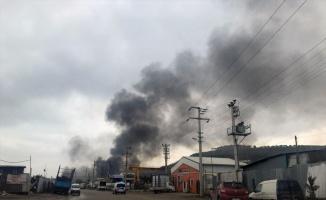 Bursa'da hurda deposunda yangın