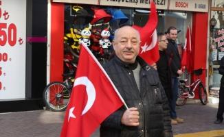 Bursa'da işadamları Türk bayrağına yapılan saygısızlığa tepki gösterdi