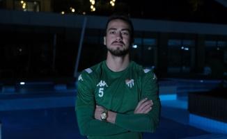 Bursasporlu futbolcu Emirhan Aydoğan, takımın devre arası hazırlık kampını değerlendirdi: