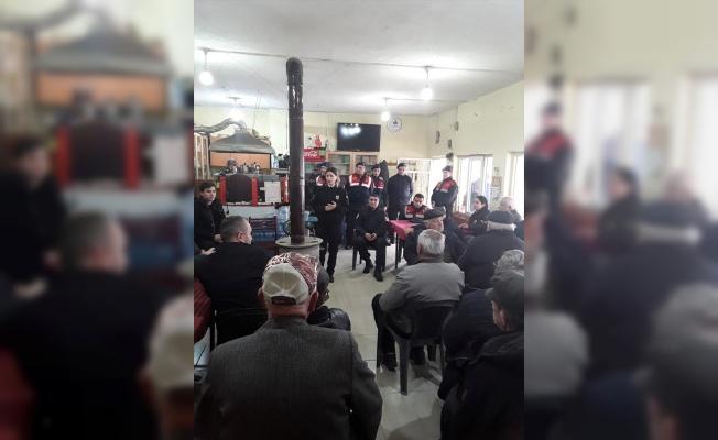 Jandarma, Roman öğrencilerin devam problemi hakkında aileleri bilgilendirdi