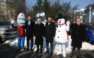 KarFest'in tanıtımı için iki kamyon kar getirildi