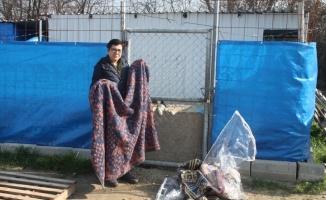 KE-HAYKO'ya işadamından battaniye yardımı